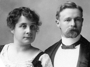 Mr. and Mrs. Calvert Simson, 1904, Vancouver City Archives, Port P1675; http://searcharchives.vancouver.ca/index.php/mr-and-mrs-calvert-simson