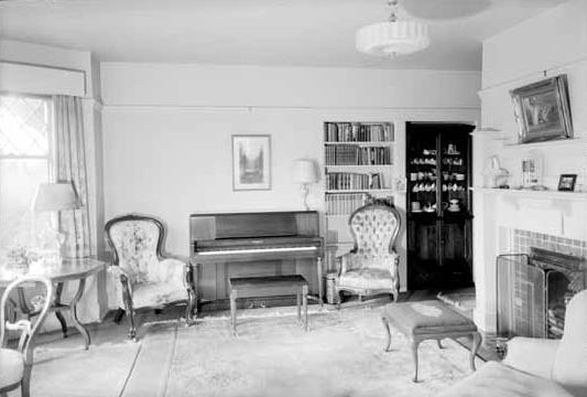 1945 Barclay Street - living room - Vancouver Public Library - Accession Number 16078 - date October 22 1943