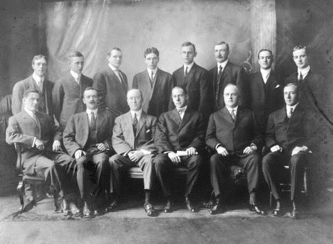[The office and sales staff of Imperial Oil Company Vancouver], AM54-S4-: Port P1493, http://searcharchives.vancouver.ca/office-and-sales-staff-of-imperial-oil-company-vancouver;rad