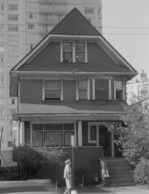 1069 Denman Street - detail from City of Vancouver Archives - CVA 1348-14 - 1069 Denman - date 1968: http://searcharchives.vancouver.ca/1069-denman;rad