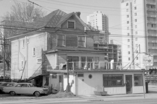 1890 West Georgia Street - 1968 - detail from CVA 1348-22 - Ships Inn Cafe - front of 678 Gilford on Georgia; http://searcharchives.vancouver.ca/ships-inn-cafe-front-of-678-gilford-on-georgia;rad
