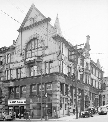 O'Brien Hall - Southeast corner of Homer Street and Hastings Street - Vancouver City Archives Bu N135 - Photo May 3 1940