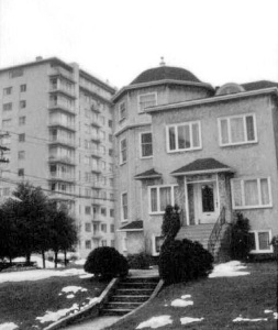 1019 Gilford Street, Vancouver, 1971; - Canada Good - https://www.flickr.com/photos/canadagood/3098767823/.