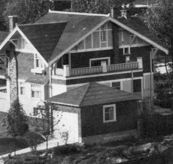 1142 Chilco Street - Detail from City of Vancouver Archives - CVA 371-723 - [Houses on the north side of the 1900 Block of Pendrell Street]; http://searcharchives.vancouver.ca/houses-on-north-side-of-1900-block-of-pendrell-street;rad