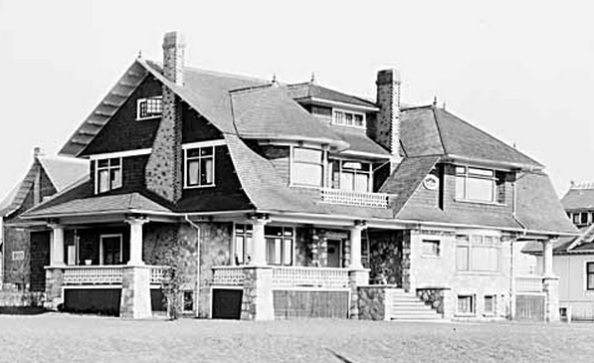 2033 Comox Street - Vancouver Public Library - Accession Number 7442 - House of C S Douglas - date 1908; http://www3.vpl.ca/spePhotos/LeonardFrankCollection/02DisplayJPGs/76/7442.jpg