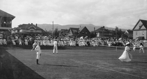 Vancouver Lawn Tennis Club - detail from City of Vancouver Archives CVA 677-242 - finals international - Tyler and Ballinger versus Payne and Armstrong - 1907