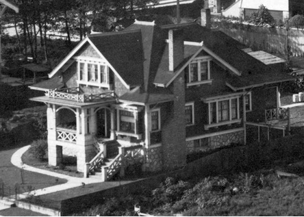1947 Pendrell Street - Detail from City of Vancouver Archives - CVA 371-723 - [Houses on the north side of the 1900 Block of Pendrell Street]; http://searcharchives.vancouver.ca/houses-on-north-side-of-1900-block-of-pendrell-street;rad