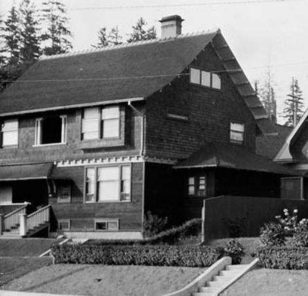2055 Beach Avenue - William James Topley - Library and Archives Canada - PA-009550; http://data2.archives.ca/ap/a/a009550.jpg;pvdaaae40156d6e3e0