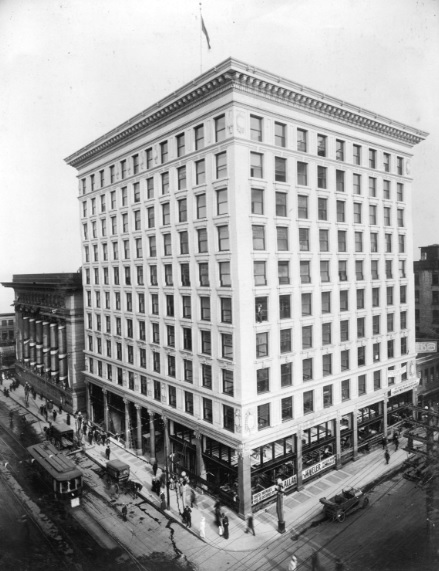 Rogers Building, 470 Granville Street, nearing completion, about 1911, Vancouver City Archives, M-11-82; http://searcharchives.vancouver.ca/rogers-building-470-granville-street.