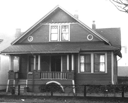 1037 Denman Street - [Exterior of residence - 1037 Denman Street] Vancouver City Archives - AM54-S4 - Bu P508-86 - Dec 1956