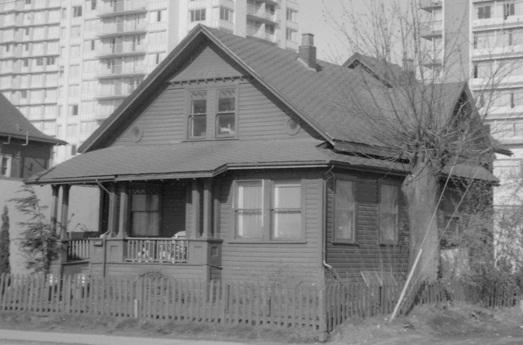 1037 Denman Street - [House at] 1037 Denman - City of Vancouver Archives - AM1348 - CVA 1348-7 - date 1968