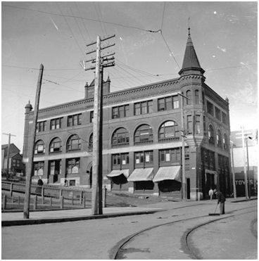 Inns of Court Building, 423 Hamilton Street, about 1898, Vancouver City Archives, AM54-S4-: Bu N420, http://searcharchives.vancouver.ca/inns-of-court-building-423-hamilton-street-at-west-hastings