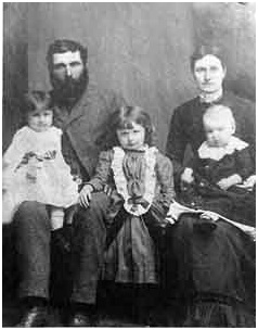 Edward Lee Family – Edward Lee, Martha Lee (née Pollard) – Children - Laura, Bertha Eleanor, William Hudson; http://saltspringarchives.com/burgoyne/pages/990049025.htm