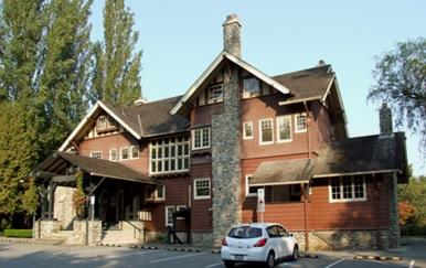 Fairacres Mansion, 2012, http://commons.wikimedia.org/wiki/File:Fairacres_Mansion_02.JPG