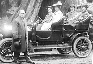 Frederick Buscombe, standing at left, Vancouver City Archives, St Pk P163 - Earl Grey Party at Big Tree Stanley Park, Vancouver, B.C.