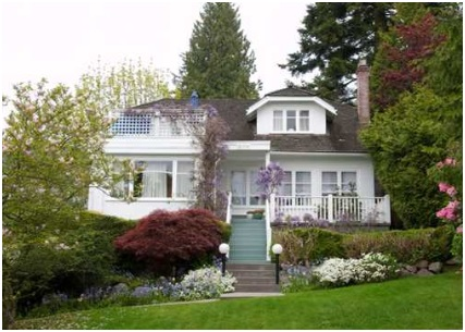 2079 Inglewood Avenue, West Vancouver, http://royallepagenorthshore.com/officelistings.html/photos-12292632