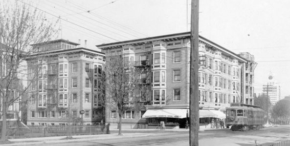 A streetcar passes the Manhattan apartments in Vancouver, in 1912.jpg, http://commons.wikimedia.org/wiki/File:A_streetcar_passes_the_Manhattan_apartments_in_Vancouver,_in_1912.jpg