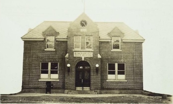 Kimberley Post Office, 1929, http://www.ebay.ie/itm/1929-Real-Photo-Postcard-Post-Office-Kimberley-B-C-/400100402985.