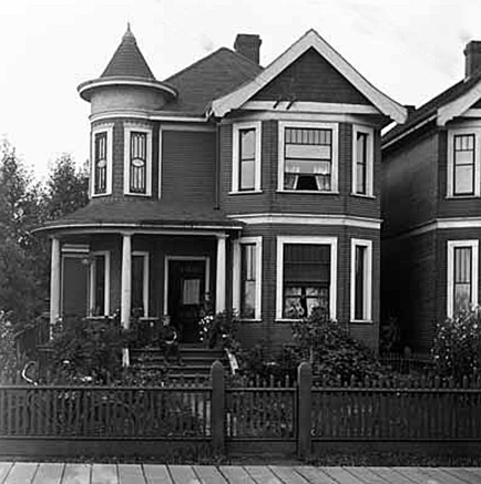Downing residence, 1954 Georgia Street, 1903, [cropped]; Vancouver Public Library; VPL Accession Number 2517; http://www3.vpl.ca/spePhotos/LeonardFrankCollection/02DisplayJPGs/1103/2517.jpg.