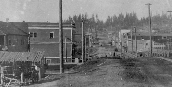 Mission. Looking west along Main Street, about 1910, British Columbia Archives; Call number: F-02239; http://www.bcarchives.gov.bc.ca/cgi-bin/www2i/.visual/img_med/dir_80/f_02239.gif.