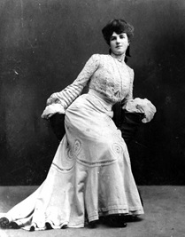 Klondike Kate, dancer and vaudeville star, https://s-media-cache-ak0.pinimg.com/736x/00/4f/4d/004f4d335e7e5dd6ad55e128f165d9bb.jpg.