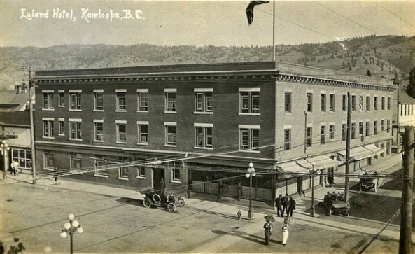 "Postcard: Leland Hotel, Kamloops, BC, c.1914, https://www.flickr.com/photos/45379817@N08/14225697932/in/photostream/: ""Leland Hotel, Victoria Street & 3rd Avenue (SE corner), Kamloops, BC.; Built in 1905 and renamed the Leland Hotel in 1907. Suffered a fire in 1980; Architect: William Tuff Whiteway."""