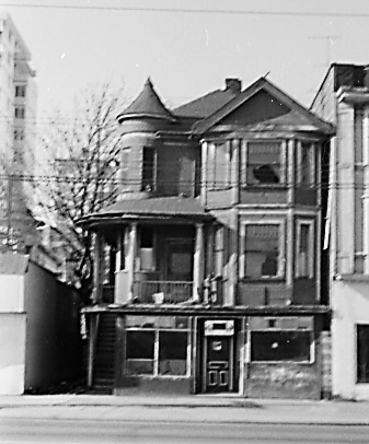 The 'Hippogriff', Georgia Street at Chilco Street, April 16, 1968, City of Vancouver Archives, CVA 1348-1; http://searcharchives.vancouver.ca/hippogriff-georgia-at-chilco.