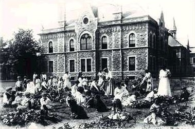 Model School, Ottawa, Ontario, about 1890; http://listingsca.com/common/gallery/ca/4-1017.asp