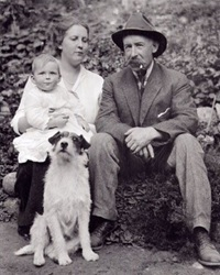 Edward Mahon and family; The Green Necklace: The Vision Quest of Edward Mahon; http://www.trailsintime.org/html/thegreennecklace/