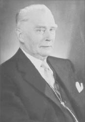 Baron Carl von Mackensen, http://www.examiner.com/article/baron-s-pub-surrey-b-c-carl-von-mackensen-spy-or-innocent-victim.