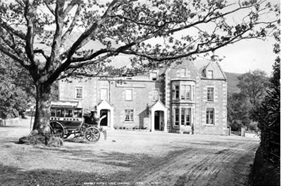 Tarbet Hotel, http://www.valeofleven.org.uk/images/contributions/TarbetHotelCoach.jpg