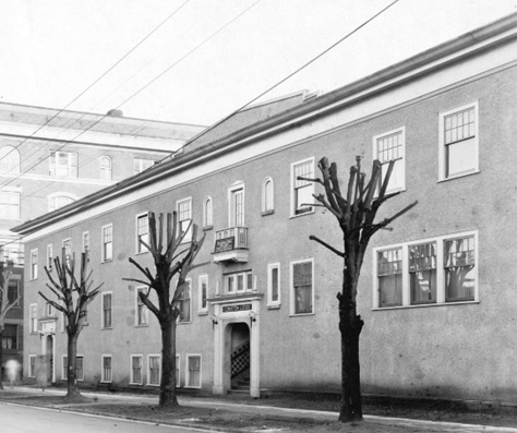 Coniston Lodge, detail from Bute Street (corner Barclay); 1925; City of Vancouver Archives, CVA 357-9; http://searcharchives.vancouver.ca/description-in-progress-5616.
