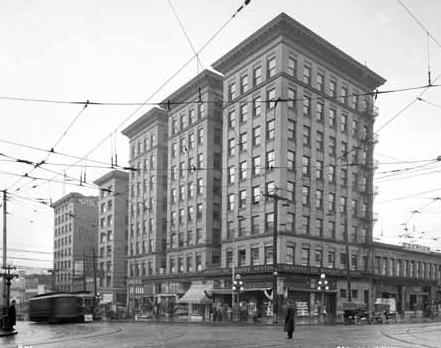 Dawson Building, October 2, 1917, Dominion Photo Company, Vancouver Public Library, VPL Accession Number: 20381; http://www3.vpl.ca/spePhotos/LeonardFrankCollection/02DisplayJPGs/151/20381.jpg.