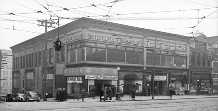 Corner of Hastings and Richards Street; 400 block of West Hastings prior to demolition on February 3, 1938. Vancouver City Archives; Str N72; http://searcharchives.vancouver.ca/corner-of-hastings-and-richards-street.