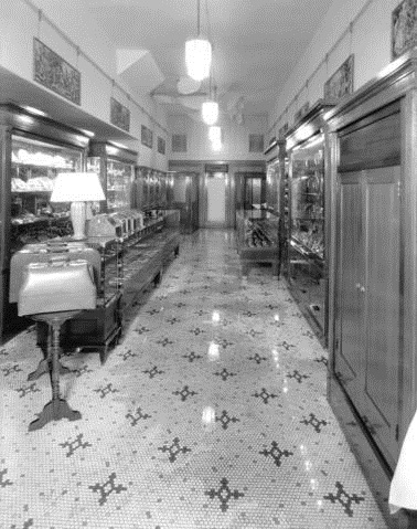 Flood damage at Rogers [Jewellers Limited at 439 West Hastings Street]; http://searcharchives.vancouver.ca/flood-damage-at-rogers-jewellers-limited-at-439-west-hastings-street