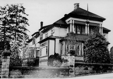 114 First Street, New Westminster; [between 1911 and 1935]; http://www.nwheritage.org/database/images/879_web.jpg.