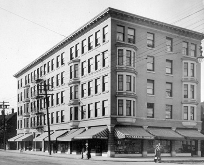 Richmond Apartments, between 1908 and 1912; Vancouver City Archives, M-11-54; http://searcharchives.vancouver.ca/richmond-apartments-2.