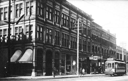 Board of Trade Bar and Café, 1910, Exterior of the Regent Hotel at 512 West Hastings Street, Vancouver City Archives; P66, http://searcharchives.vancouver.ca/exterior-of-regent-hotel-at-512-west-hastings-street.
