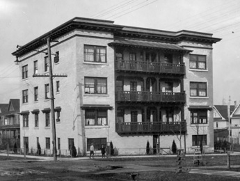 Kenilworth Apartments, 843 Cardero Street, 1910s, Vancouver City Archives; M-11-63; http://searcharchives.vancouver.ca/kenilworth-apartments-843-cardero-street.