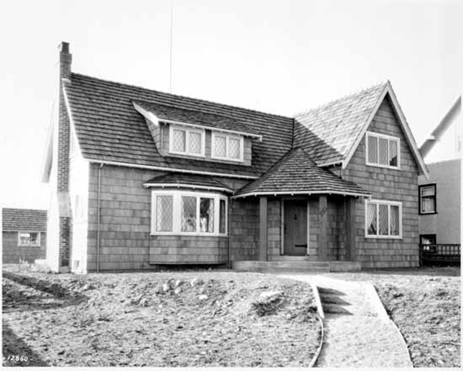 Anthony Fane Plummer's home at 5315 Selkirk Street, 1930; Vancouver Public Library; VPL Accession Number: 5083; Photographer / Studio: Frank, Leonard; http://www3.vpl.ca/spePhotos/LeonardFrankCollection/02DisplayJPGs/335/5083.jpg.