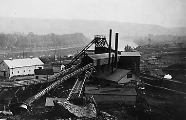 Newcastle Coal Mine, Drumheller, Alberta, 1929; Glenbow Archives; File number: NA-4965-66; http://ww2.glenbow.org/dbimages/arc12/s/na-4965-66.jpg.