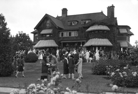 Garden Party Major Gen. John W. Stewart's home, 1675 Angus Avenue, about 1929; Vancouver City Archives, CVA 99-3017; http://searcharchives.vancouver.ca/garden-party-major-gen-john-w-stewarts-home-1675-angus-avenue.