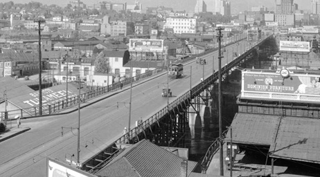 Looking north along the Granville Street Bridge towards Downtown, June 21, 1934; Vancouver City Archives, CVA 99-4631; http://searcharchives.vancouver.ca/looking-north-along-granville-street-bridge-towards-downtown.