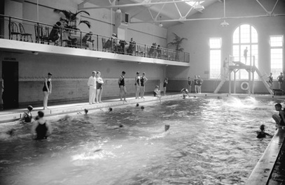 Crystal Pool, interior, 1929; Vancouver City Archives, CVA 99-2213 [cropped]; https://searcharchives.vancouver.ca/crystal-pool-interior-2.