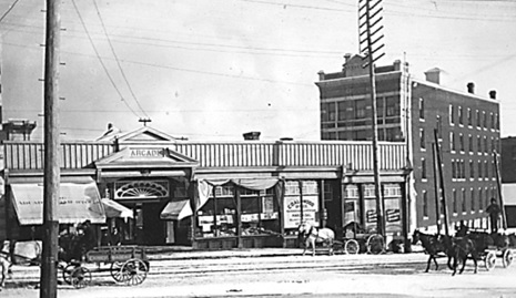 The Hastings Street entrance to the Arcade, about 1900; Vancouver City Archives, CVA 371-2103; https://searcharchives.vancouver.ca/hastings-street-entrance-to-arcade.