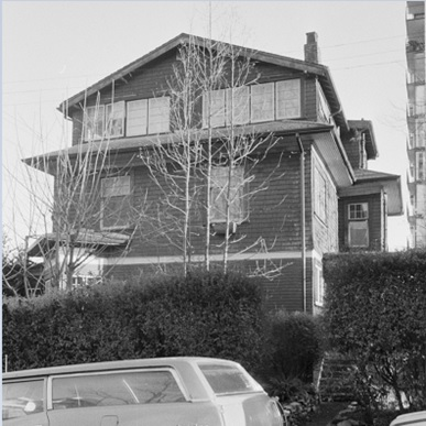 778 Gilford Street, possibly 1985; [cropped]; Vancouver City Archives, CVA 790-1752; https://searcharchives.vancouver.ca/778-gilford-street.