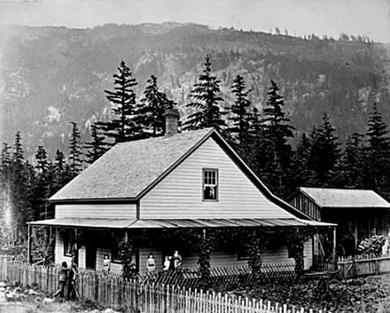 Henry J. Cambie's home in Spuzzum with family, 1881; Vancouver Public Library; VPL Accession Number: 406; https://www3.vpl.ca/spePhotos/LeonardFrankCollection/02DisplayJPGs/152/406.jpg.
