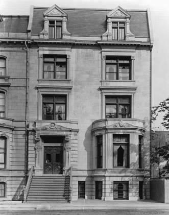 Mr. Mackedie's house, Sherbrooke Street, Montreal, QC, 1891, http://chin-rcip.canadiana.ca/aclod/view;jsessionid=f06f0eqv76dnjx1gt7hktgdo?uri=objects%2FMCCDII-95349.