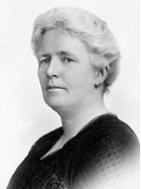 The second Mrs. Robert Garnett Tatlow, nee Elizabeth Mary Cambie; about 1900; British Columbia Archives, Item B-0195 [cropped]; https://search-bcarchives.royalbcmuseum.bc.ca/second-mrs-robert-garnett-tatlow-nee-elizabeth-mary-cambie.