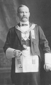 Worshipful Master J.J. Logan, Mount Hermon Lodge, Vancouver City Archives, 1900s, Port P630; https://searcharchives.vancouver.ca/worshipful-master-j-j-logan-mount-hermon-lodge.